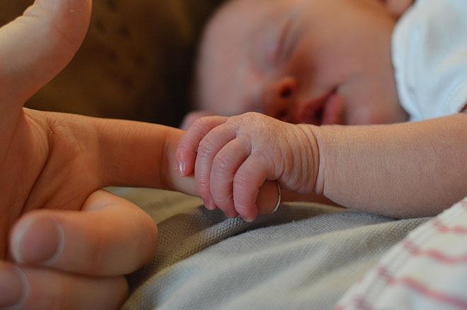 В первый месяц жизни ребенка кормящей маме от цикория лучше отказаться