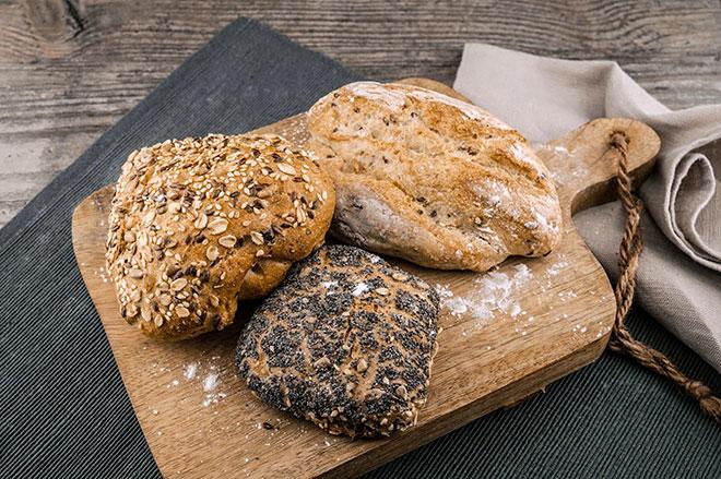 Разные съедобные семена используются для придания пище особого вкуса и привлекательности