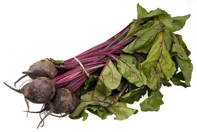 Свекла - натуральный дешевый овощ, который будет полезен как маме, так и ребенку