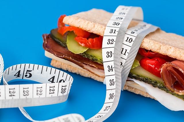 Похудеть при грудном вскармливании реально: правильное питание и занятия спортом приблизят вас к идеальной фигуре