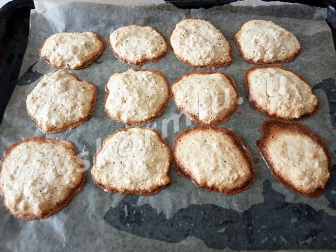Овсяное печенье с корицей для кормящей мамы готово