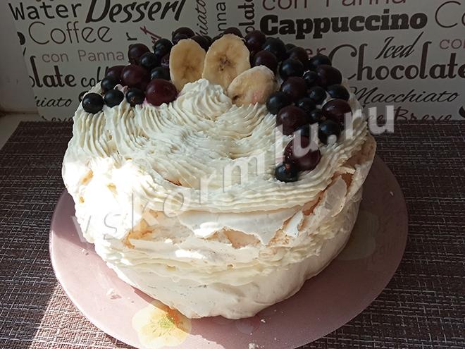Торт из безе для кормящей мамы