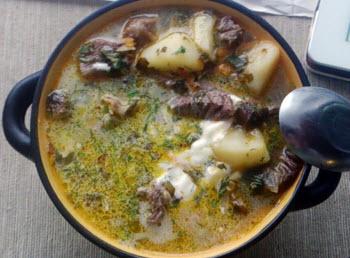 Щавелевый суп с говядиной для кормящей мамы
